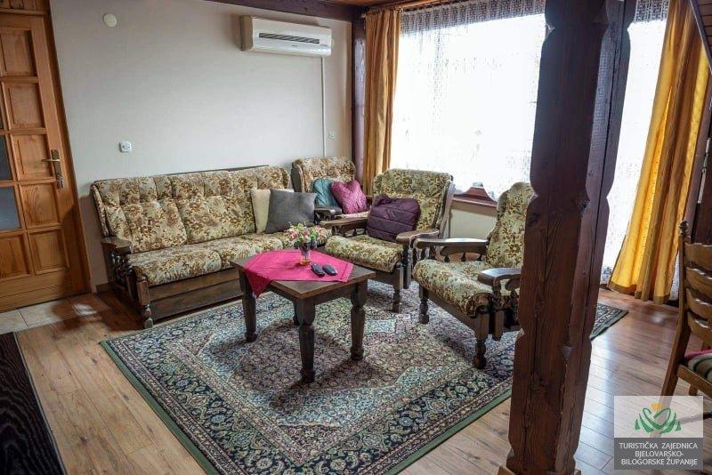 Apartment Tea